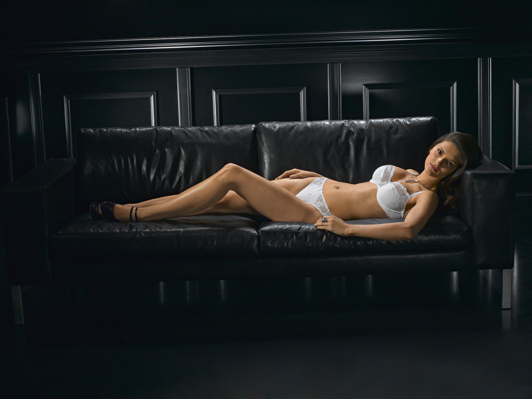 Kalhotky 81015 - Felina barva: černá, velikost: 40