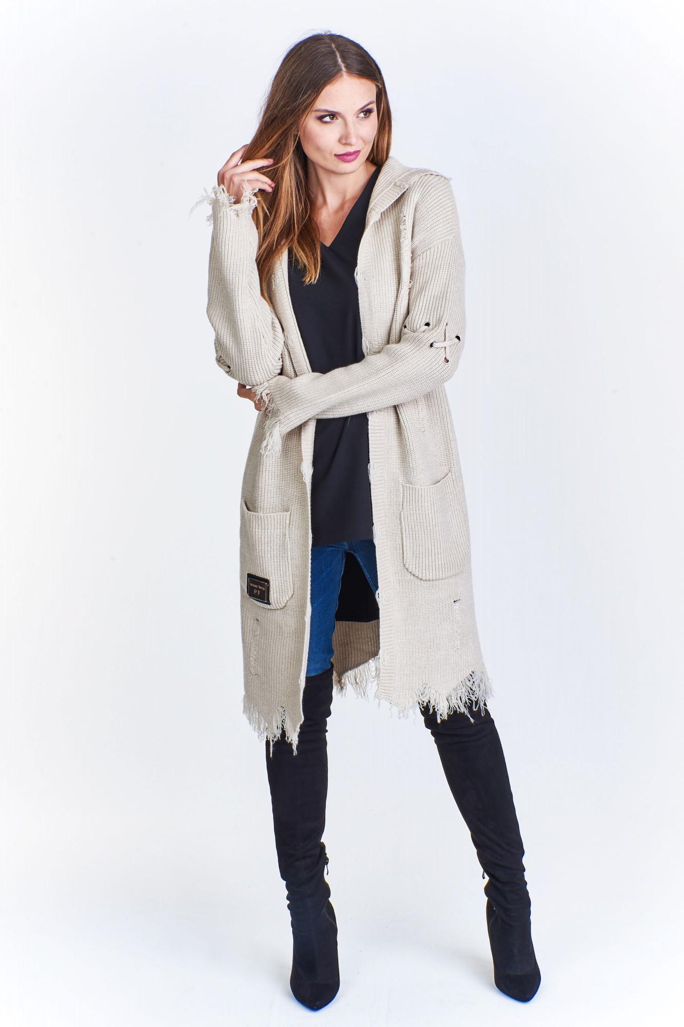 Dámský svetr s kapucí M50666 - PAPARAZZI FASHION Barva: béžová, Velikost: uni