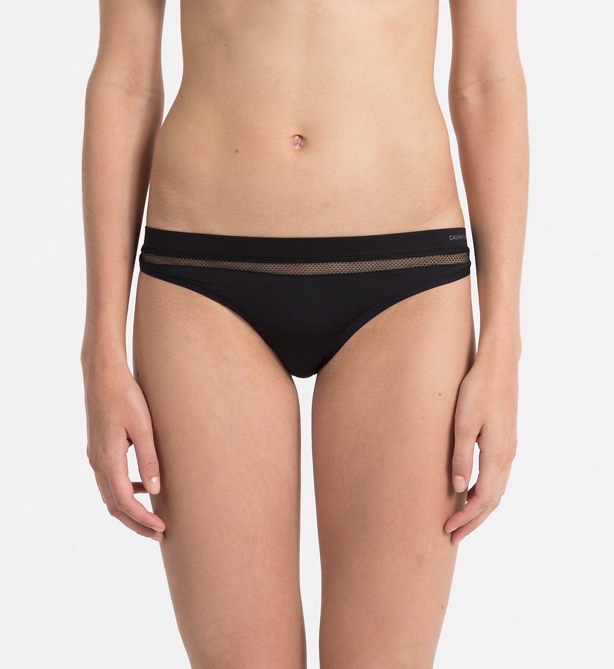 Tanga QF4428E-001 černá - Calvin Klein Barva: černá, Velikost: S