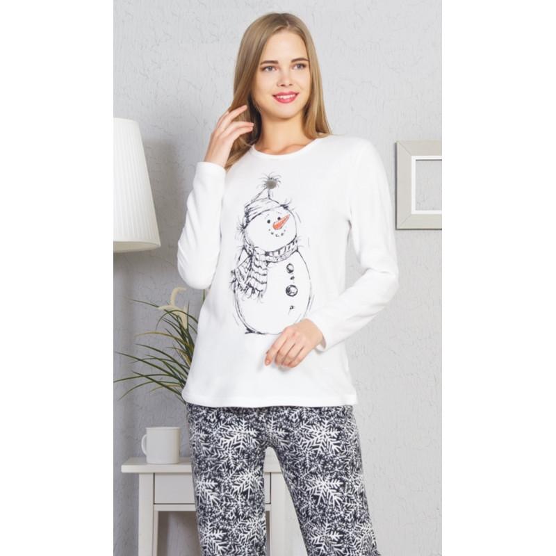f08fbcc7ede Dámské pyžamo dlouhé Winter - Vienetta Barva  bílá