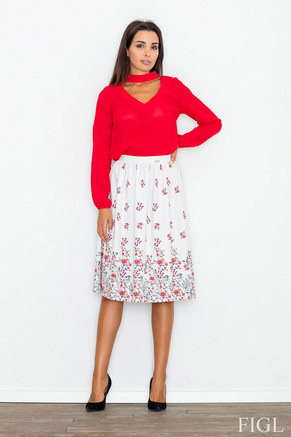 55ff974dd514 Dámská sukně M537 - Figl bílá s květinovým vzorem 40