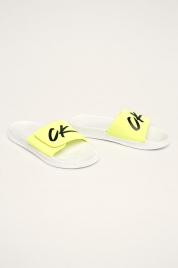 Pantofle KM0KM00499-YCD bíložlutá - Calvin Klein